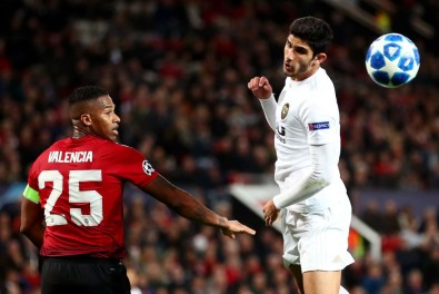 Manchester-United-v-Valencia-UEFA-Champions-League-Group-H-1554748804